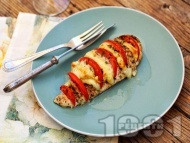 Пилешки гърди пълнени с домати и сирене моцарела запечени на фурна